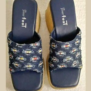 On Your Feet Women's Sz 7 Platform Sandals